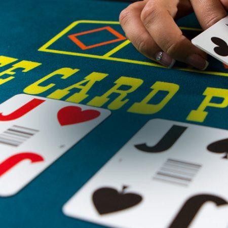 Live Three Card Poker Strategy