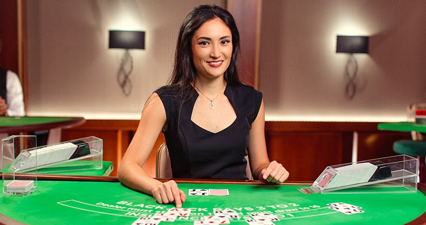 Live Table Casino