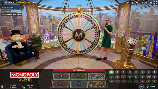 studio von Monopoly Live